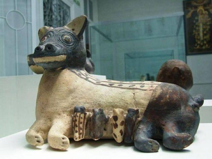Pottery of Peruvian dog