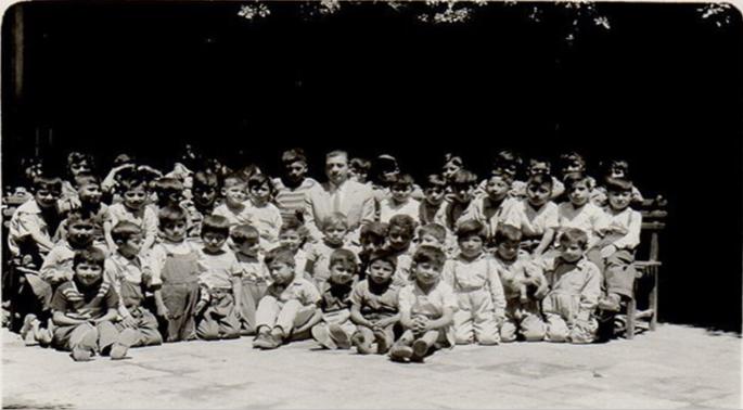 Everardo Zapata and his students